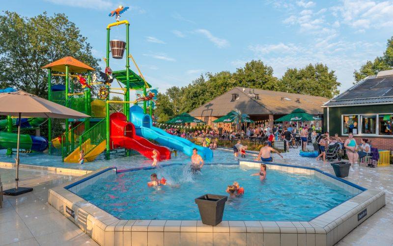 Camping De Pallegarste Zwembad 15